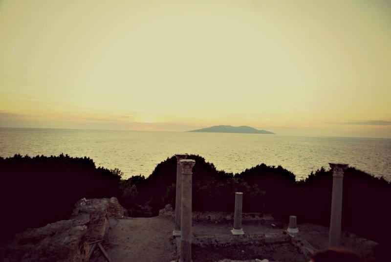 La Villa Domizia a Giannutri al tramonto nella Riserva della Biosfera Isole di Toscana